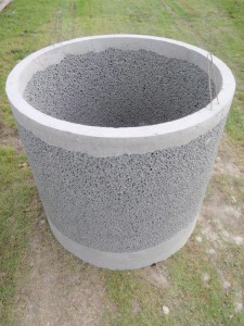 Porous well liner
